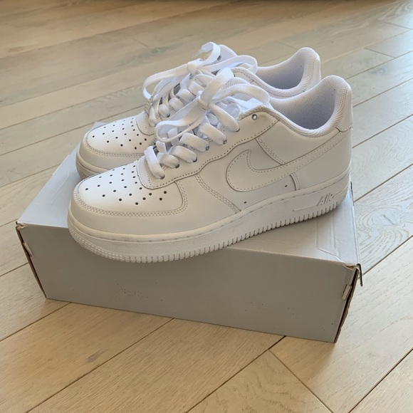 Nike Shoes Original Air Force 1 Kids Size 45 Womens Size 6
